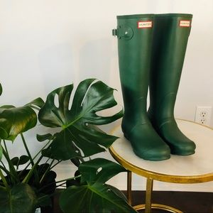 NWT HUNTER MATTE TALL RAINBOOTS